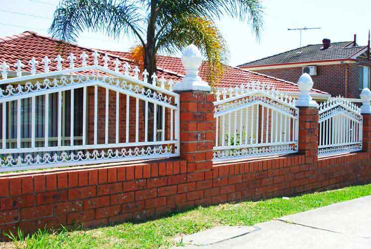 Red Gully Aluminium Fencing