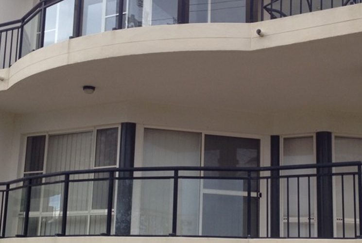 Castle Hill NSW Glass & Aluminium Balustrades