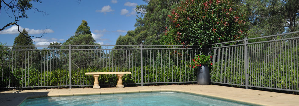 Pool Fencing Aluminium fencing Adventure Bay