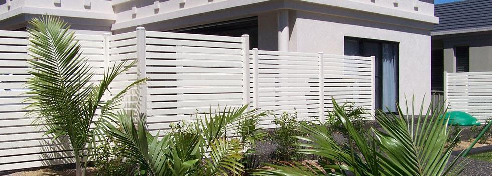 Kwikfynd Aluminium fencing 7old