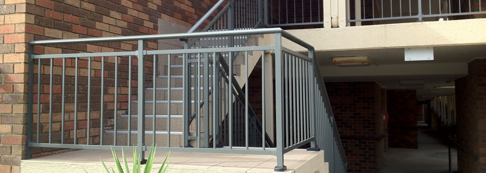 Balustrades and railings 15