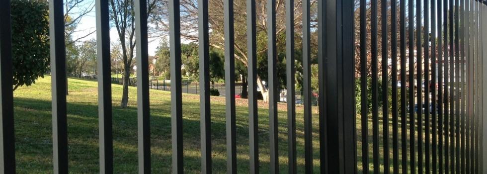 Kwikfynd Boundary fencing aluminium 1