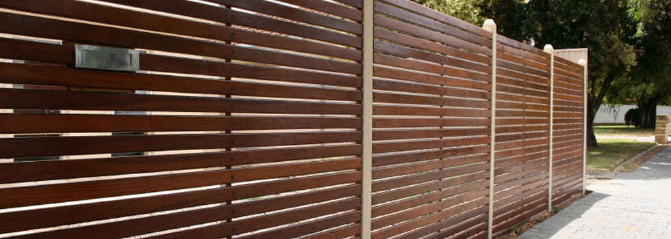 Kwikfynd Boundary fencing aluminium 18
