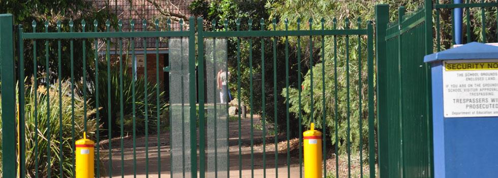 Kwikfynd Boundary fencing aluminium 30