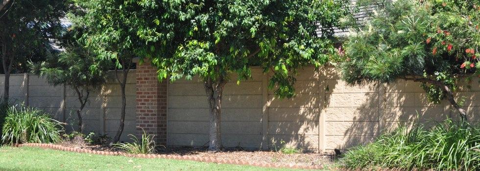 Kwikfynd Brick fencing 22