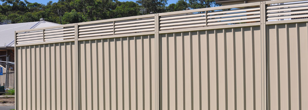 Kwikfynd Colorbond fencing 13