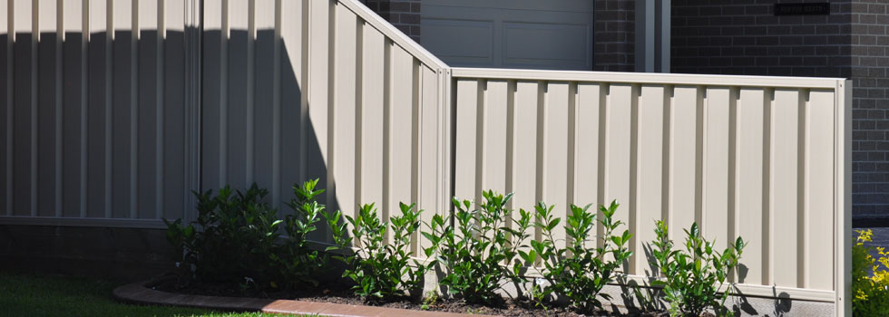 Kwikfynd Colorbond fencing 7