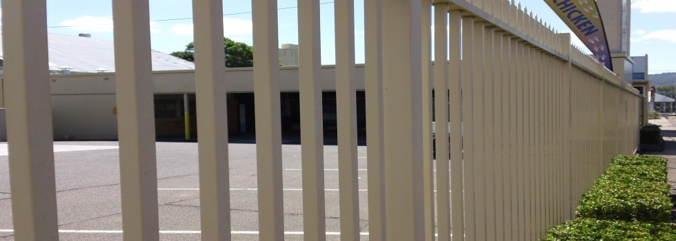 Commercial Fencing Suppliers