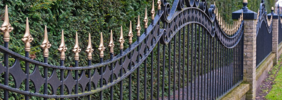 Kwikfynd Decorative fencing 25