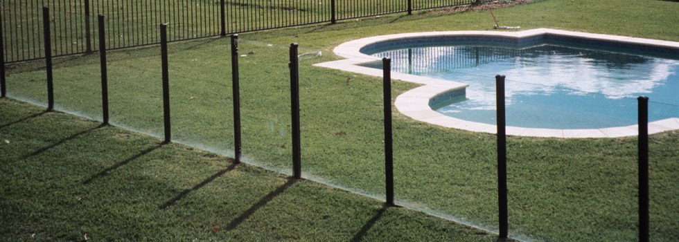 Pool Fencing Frameless glass Athlone