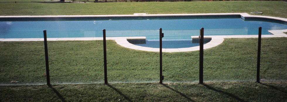 Pool Fencing Frameless glass Aberdeen TAS