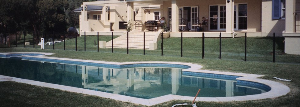Pool Fencing Frameless glass Beard