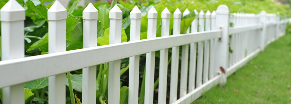 Front yard fencing 17