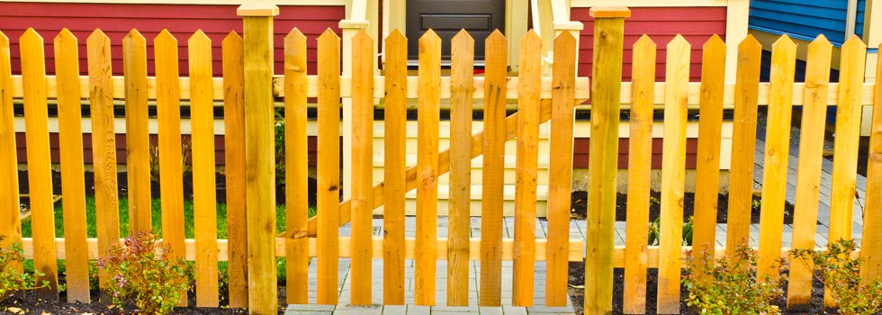 Front yard fencing 24