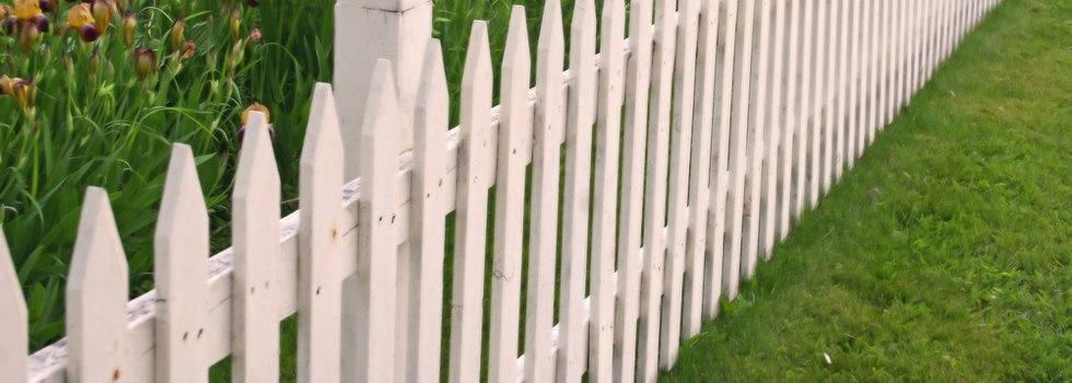 Kwikfynd Garden fencing 3
