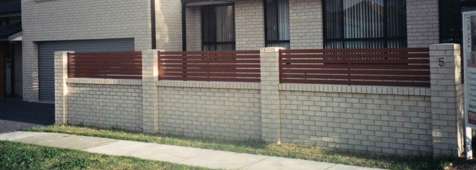 Kwikfynd Garden fencing 31