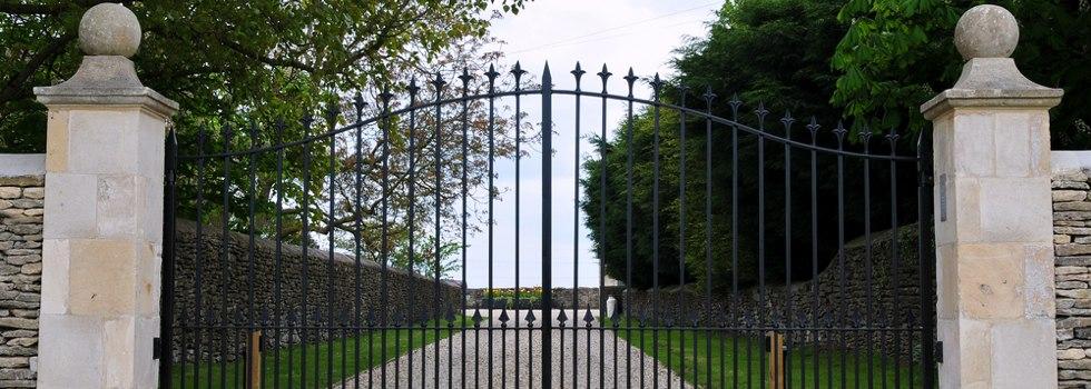 Kwikfynd Gates 26
