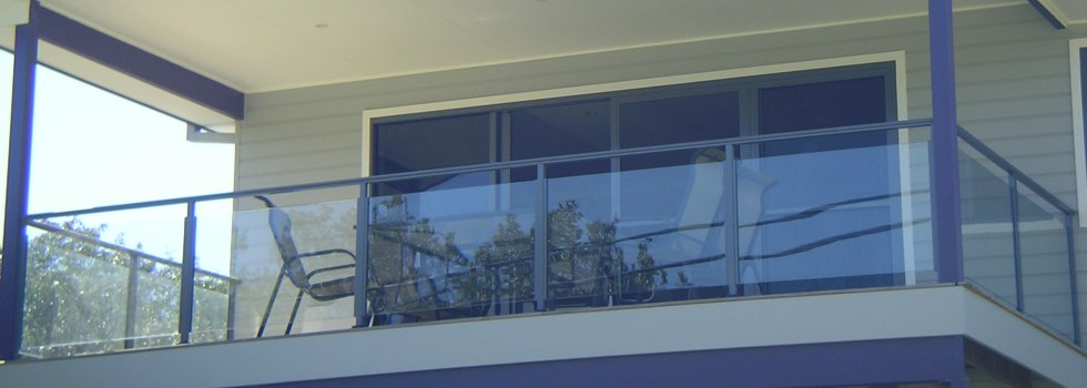 Kwikfynd Glass balustrading 5
