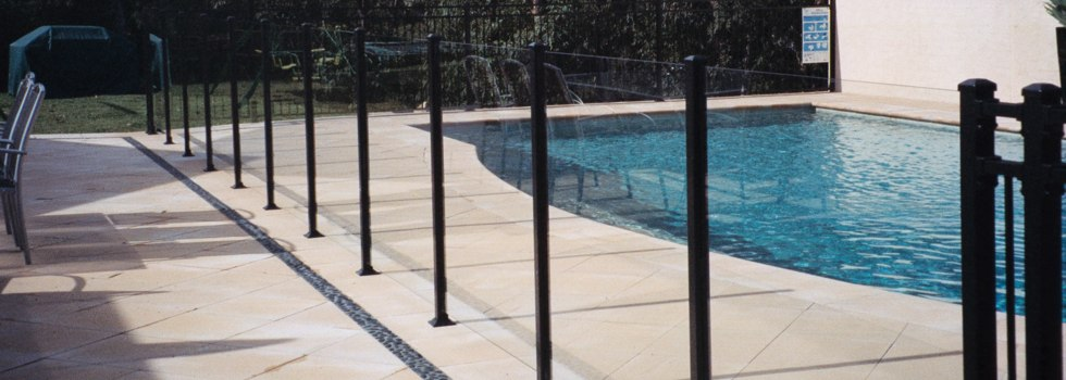 Hunter Fencing Company Glass fencing Argenton