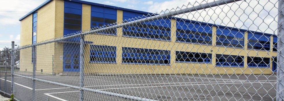 Temporary Fencing Suppliers Mesh fencing Alberta