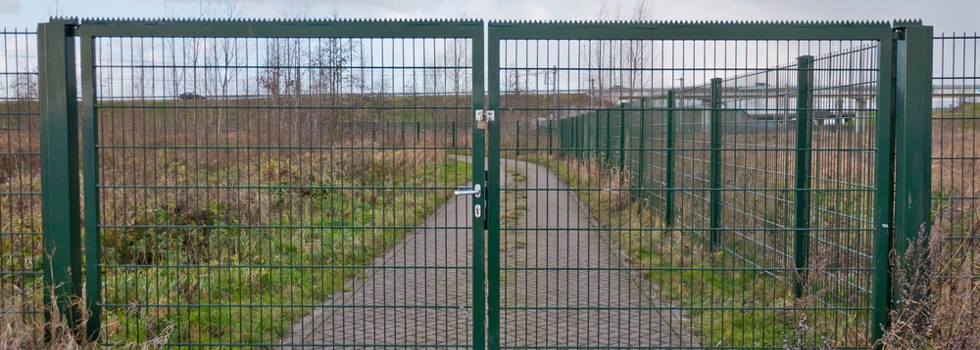 Your Local Fencer Mesh fencing 9