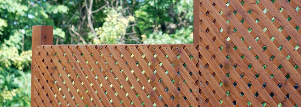 Privacy fencing 23