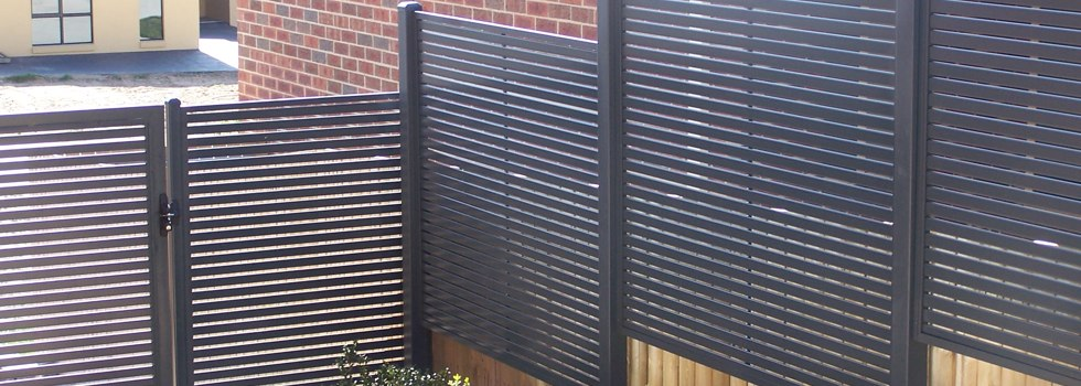 Kwikfynd Privacy screens 17