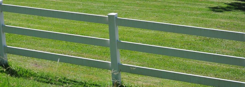 Kwikfynd Pvc fencing 5