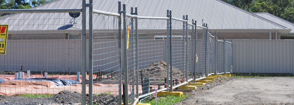 Temporary Fencing Suppliers Site fencing Aarons Pass