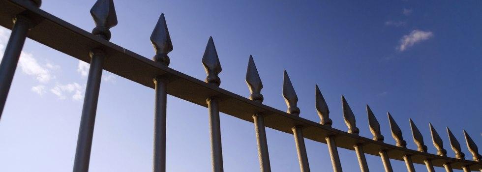 Steel fencing