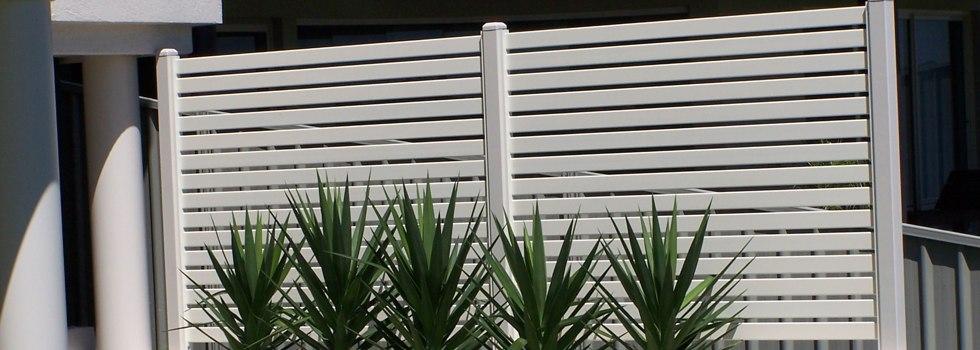 Kwikfynd Tubular fencing 15
