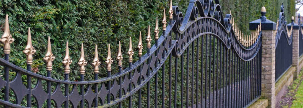 Kwikfynd Wrought iron fencing 11