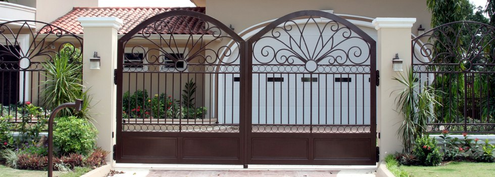 Kwikfynd Wrought iron fencing 2